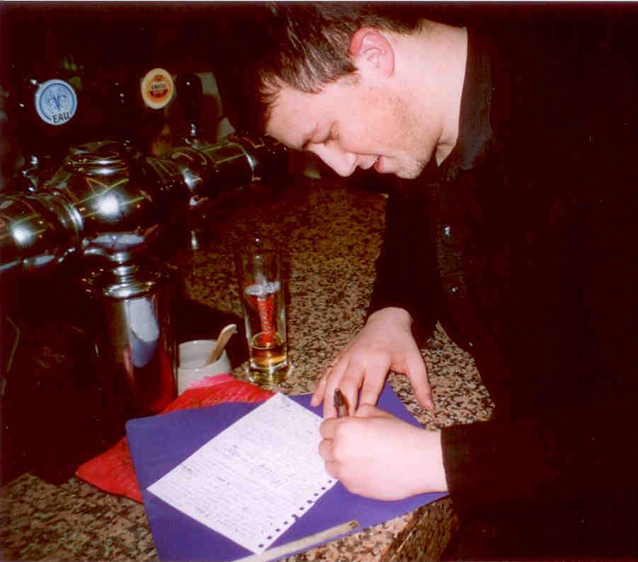 4 - Sylvain Giachino, Grand Massier des Beaux-Arts signe le traité.