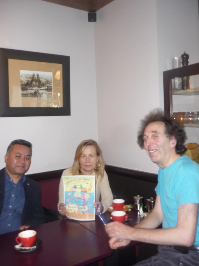 La rencontre tibétaine du 30 octobre 2015 : de gauche à droite, Tsering Dhondup, Céline Menguy et Basile Pachkoff.