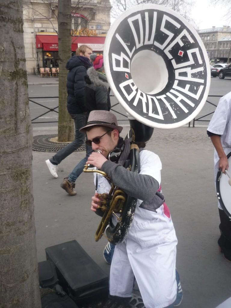 La fanfare d'étudiants en médecine de Paris VI Les Blouses Brothers - 5 - P1460684
