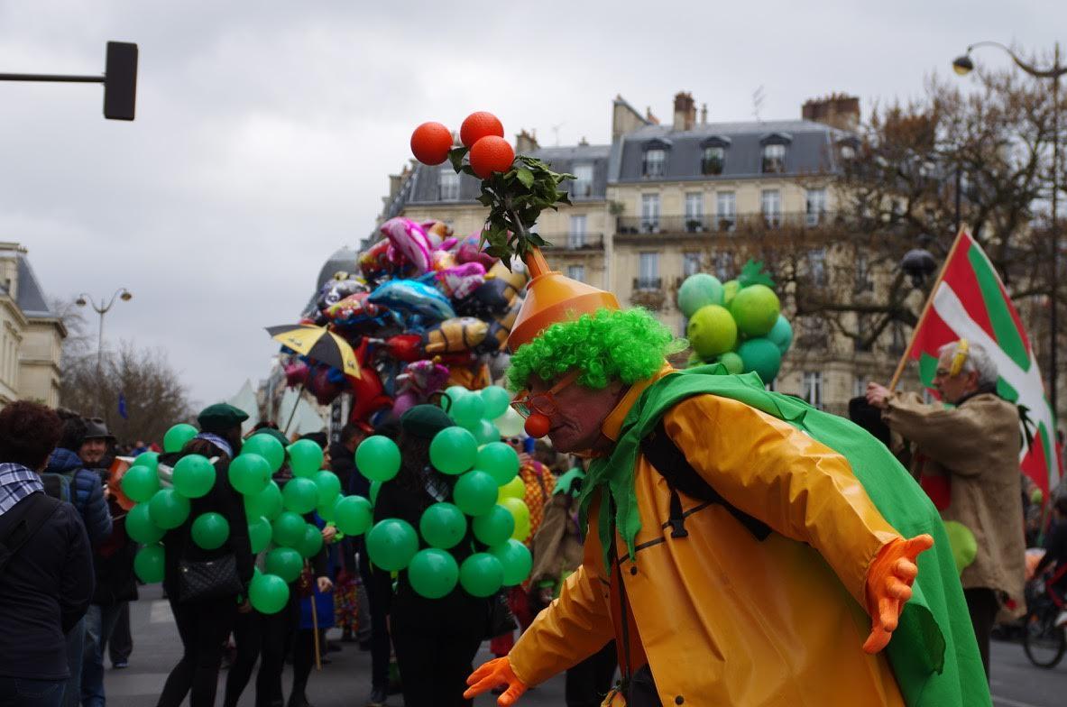 Le carnaval de paris 2017 vu par colette lazarewitch carnaval de paris 2018 - Carnaval de paris 2017 ...